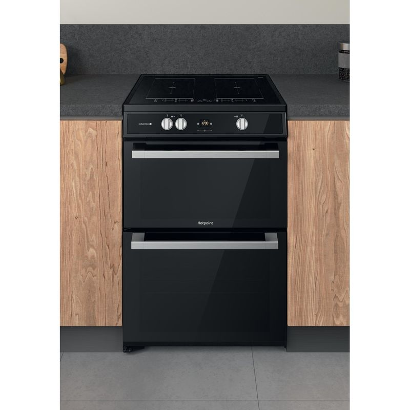 Hotpoint-Double-Cooker-HDT67I9HM2C-UK-Black-A-Lifestyle-frontal