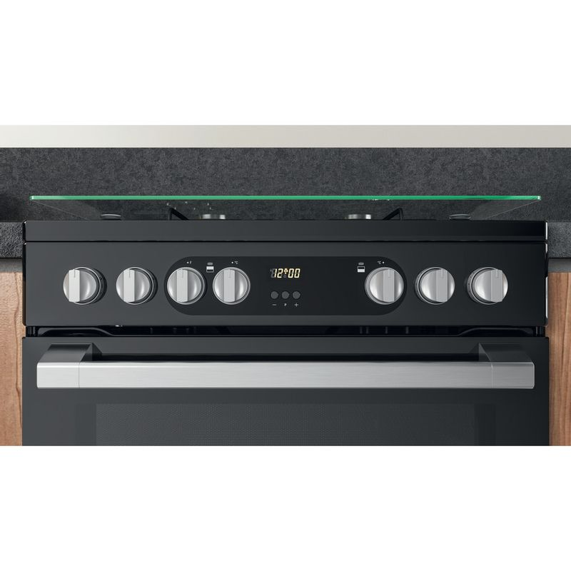 Hotpoint-Double-Cooker-HDM67G9C2CSB-UK-Black-A-Lifestyle-control-panel