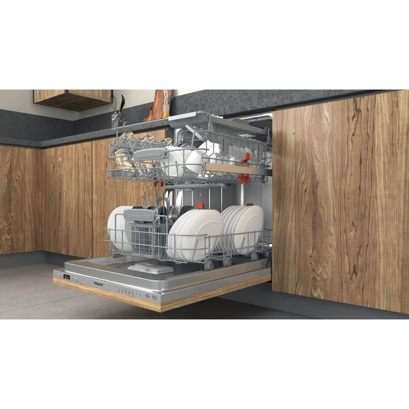 Hotpoint-Dishwasher-Built-in-HIC-3C33-CWE-UK-Full-integrated-D-Lifestyle-perspective-open