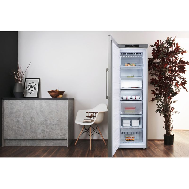 Hotpoint-Freezer-Free-standing-UH8-F1C-G-UK-1-Graphite-Lifestyle-frontal-open