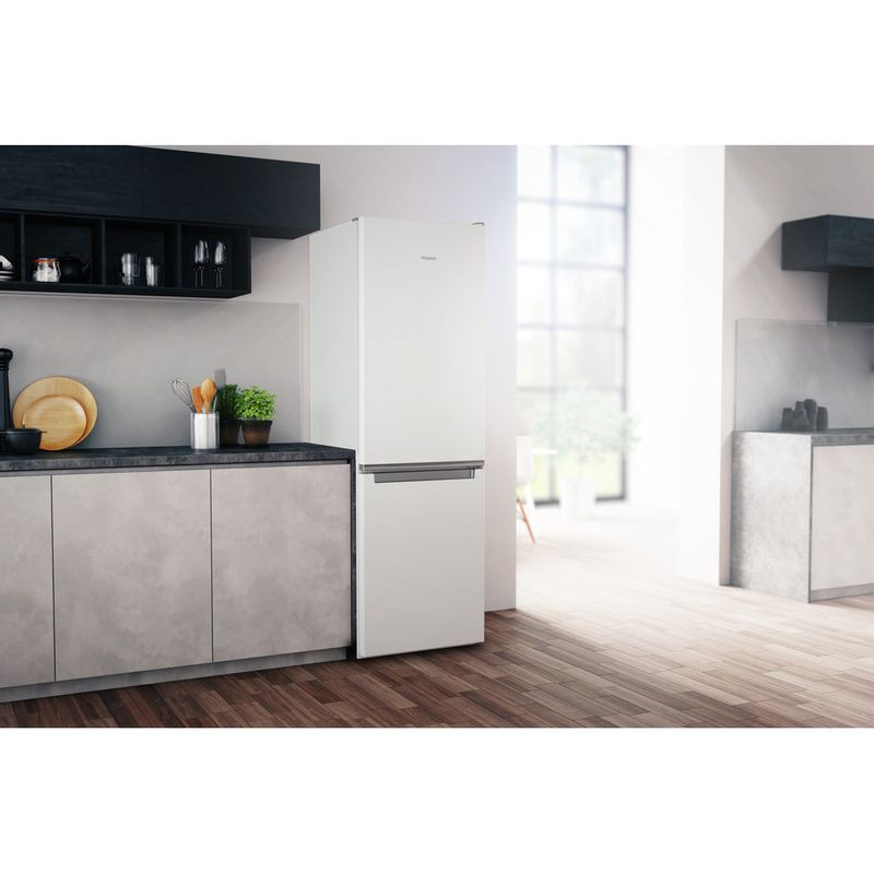 Hotpoint-Fridge-Freezer-Free-standing-H1NT-811E-W-1-Global-white-2-doors-Lifestyle-perspective