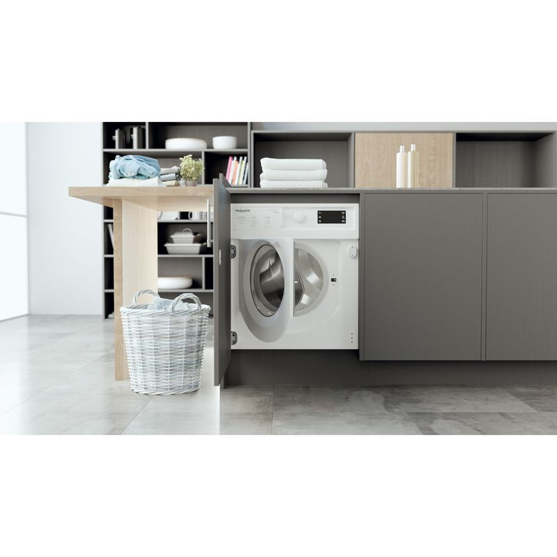 Hotpoint-Washer-dryer-Built-in-BI-WDHG-75148-UK-N-White-Front-loader-Lifestyle-frontal-open