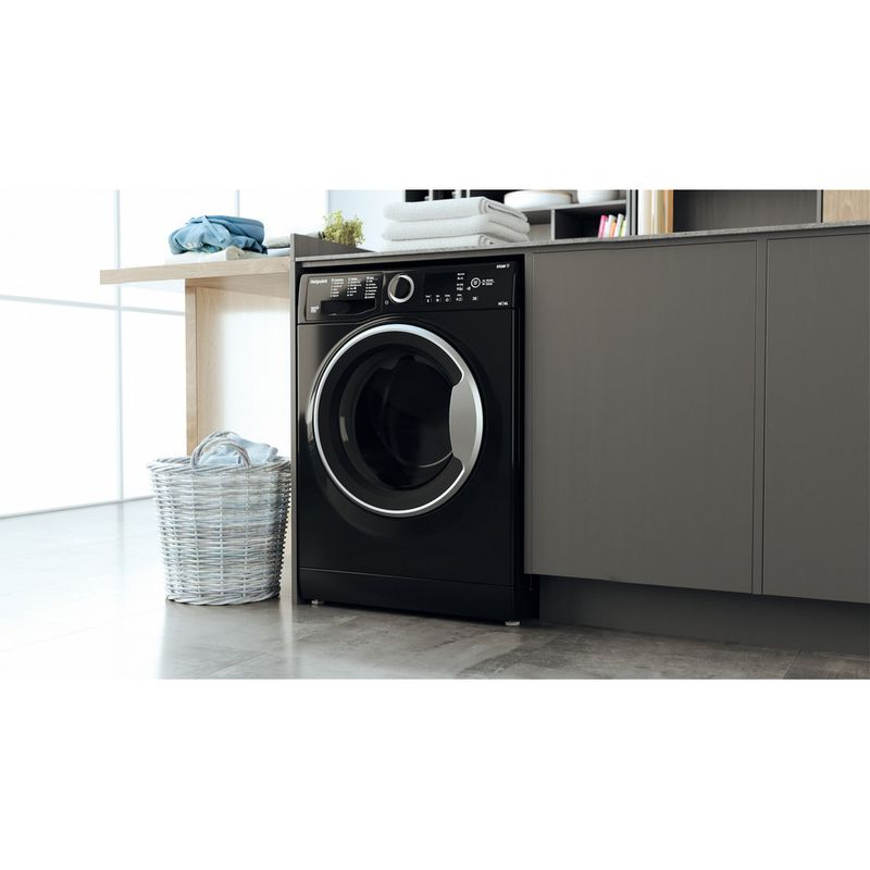 Hotpoint-Washer-dryer-Free-standing-RDGR-9662-KS-UK-N-Black-Front-loader-Lifestyle-perspective