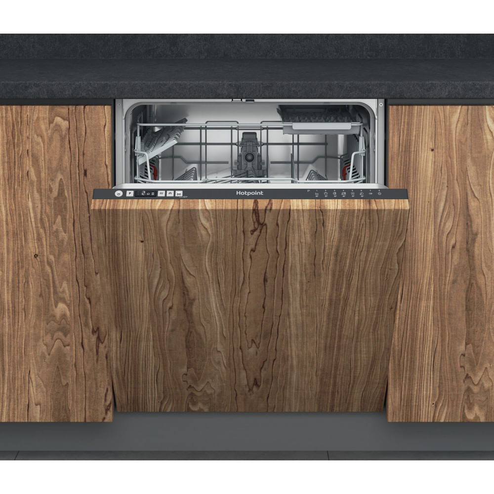 Hotpoint Integrated Dishwasher HIC 3B19 C UK : discover the specifications of our home appliances and bring the innovation into your house and family.