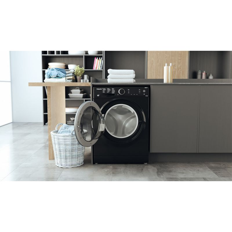 Hotpoint-Washer-dryer-Free-standing-RD-966-JKD-UK-N-Black-Front-loader-Lifestyle-frontal-open