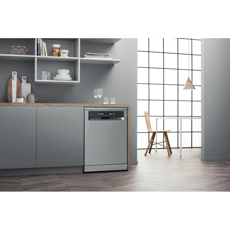 Hotpoint-Dishwasher-Free-standing-HFC-3C26-WC-X-UK-Free-standing-E-Lifestyle-perspective