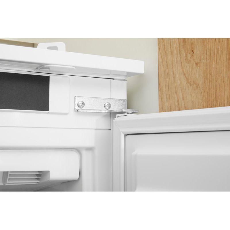 Hotpoint-Freezer-Built-in-HF-1801-E-F1-UK-White-Lifestyle-detail