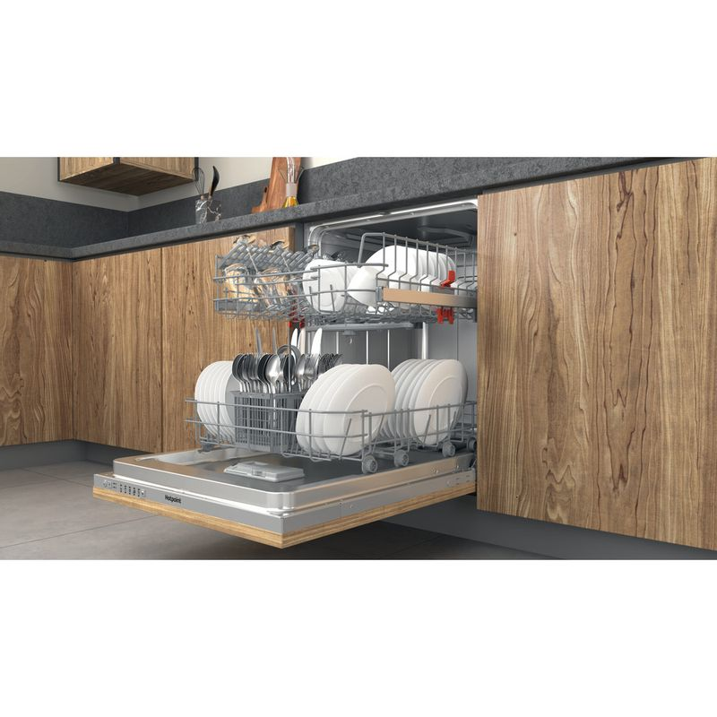 Hotpoint-Dishwasher-Built-in-HIE-2B19-UK-Full-integrated-F-Lifestyle-perspective-open