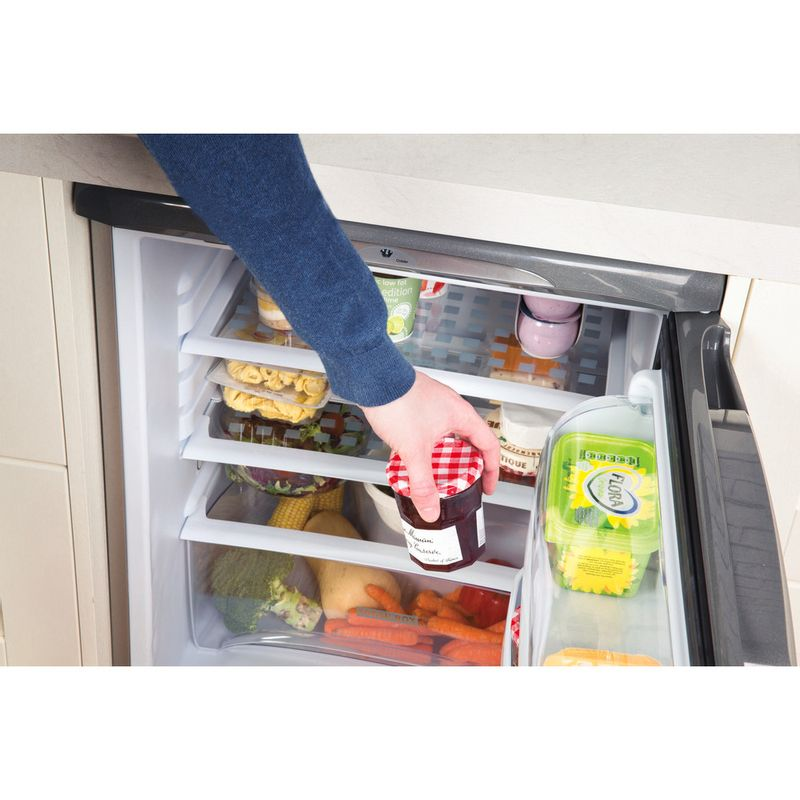 Hotpoint-Refrigerator-Free-standing-RLA36G-1-Graphite-Lifestyle-people