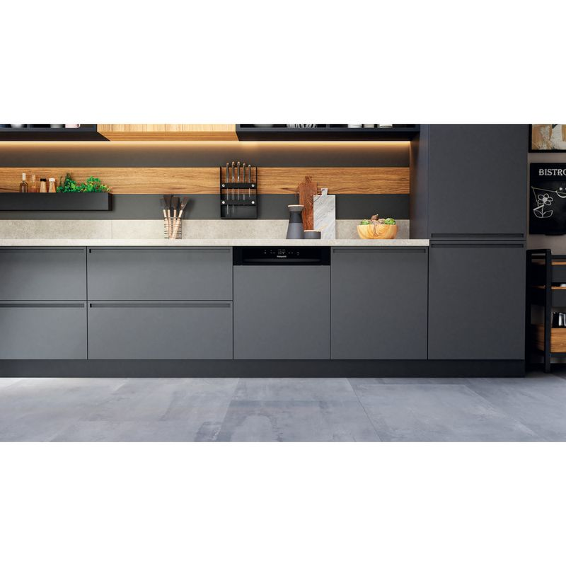 Hotpoint-Dishwasher-Built-in-HBC-2B19-UK-N-Half-integrated-F-Lifestyle-frontal