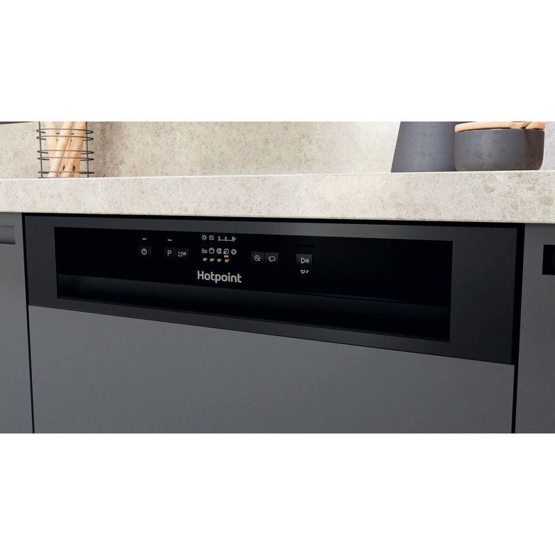 Hotpoint-Dishwasher-Built-in-HBC-2B19-UK-N-Half-integrated-F-Control-panel