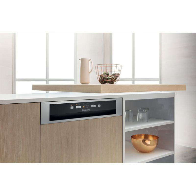 Hotpoint-Dishwasher-Built-in-HBC-2B19-X-UK-N-Half-integrated-F-Lifestyle-perspective