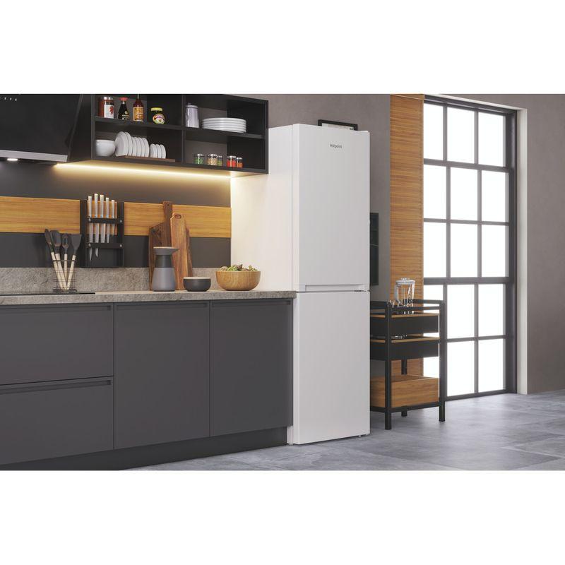 Hotpoint-Fridge-Freezer-Free-standing-HTFC8-50TI1-W-1-White-2-doors-Lifestyle-perspective