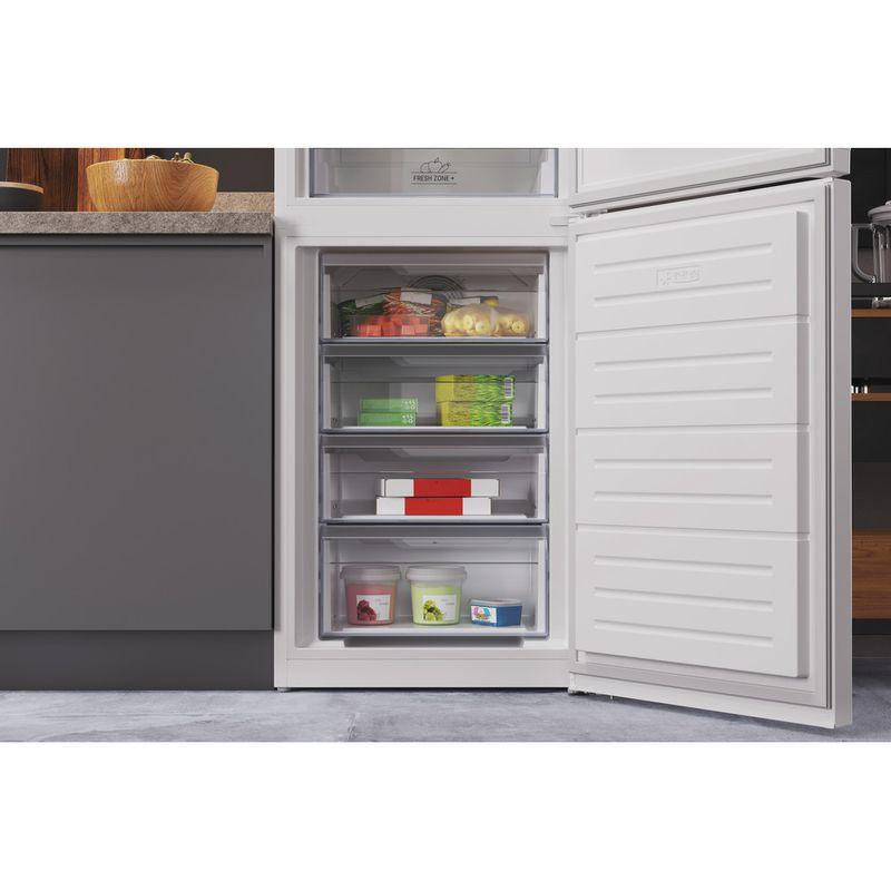 Hotpoint-Fridge-Freezer-Free-standing-HTFC8-50TI1-W-1-White-2-doors-Lifestyle-detail