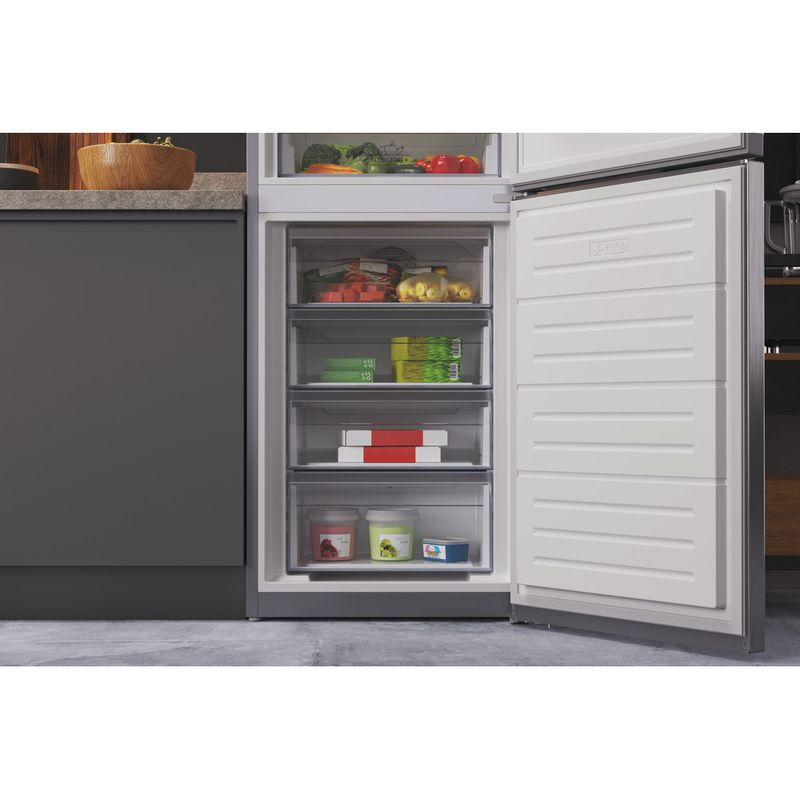 Hotpoint-Fridge-Freezer-Free-standing-HTFC8-50TI1-X-1-Inox-2-doors-Lifestyle-detail