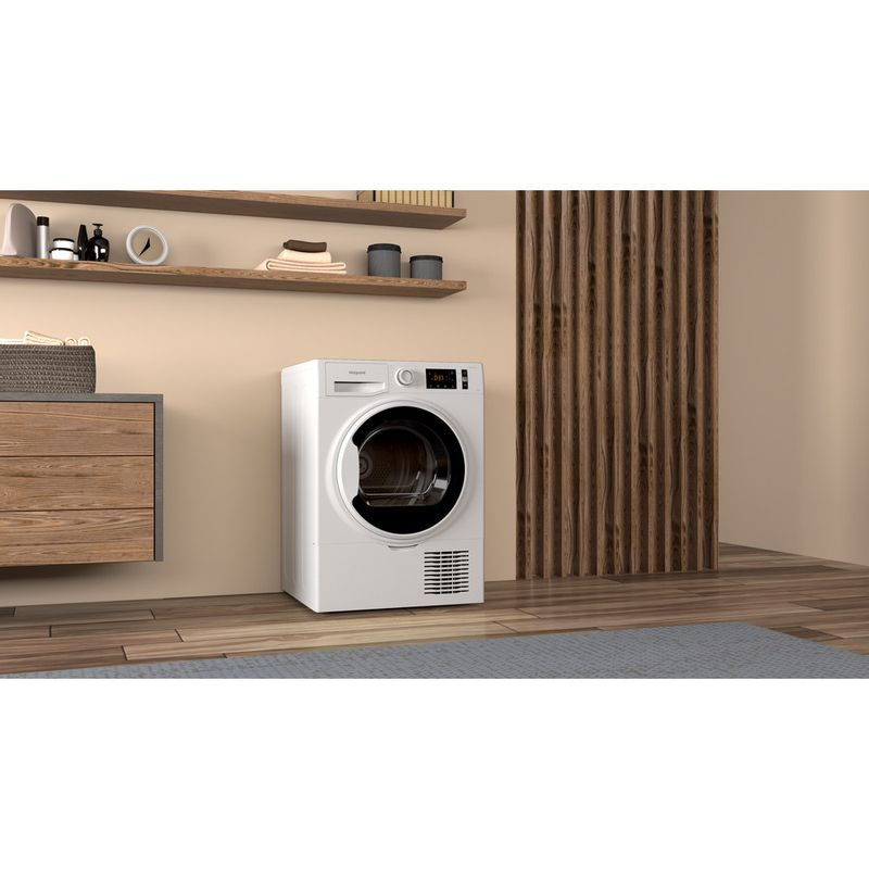 Hotpoint-Dryer-H3-D91WB-UK-White-Lifestyle-perspective