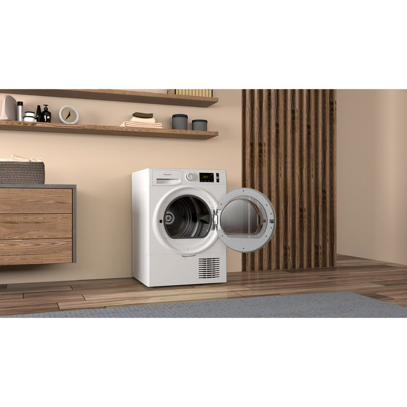 Hotpoint-Dryer-H3-D91WB-UK-White-Lifestyle-perspective-open