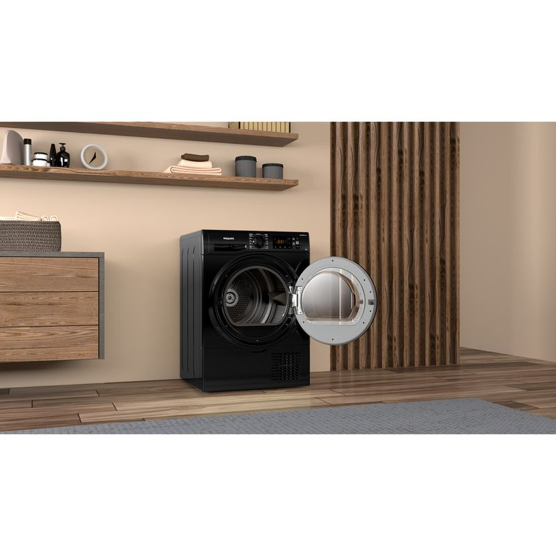 Hotpoint-Dryer-H3-D91B-UK-Black-Lifestyle-perspective-open