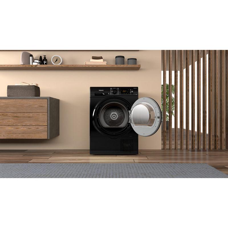 Hotpoint-Dryer-H3-D91B-UK-Black-Lifestyle-frontal-open