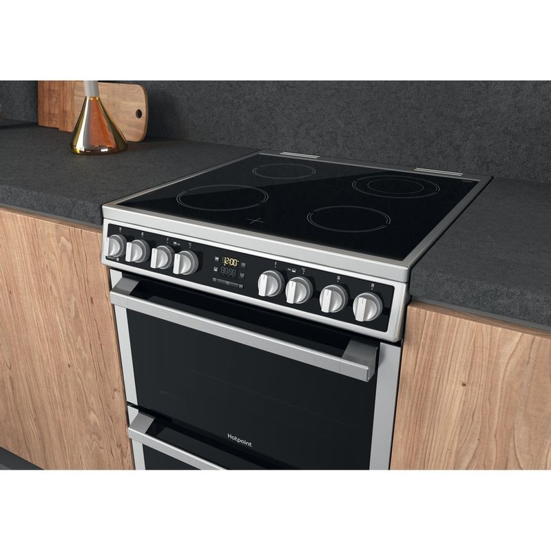 Hotpoint-Double-Cooker-HDM67V8D2CX-UK-Inox-A-Lifestyle-perspective