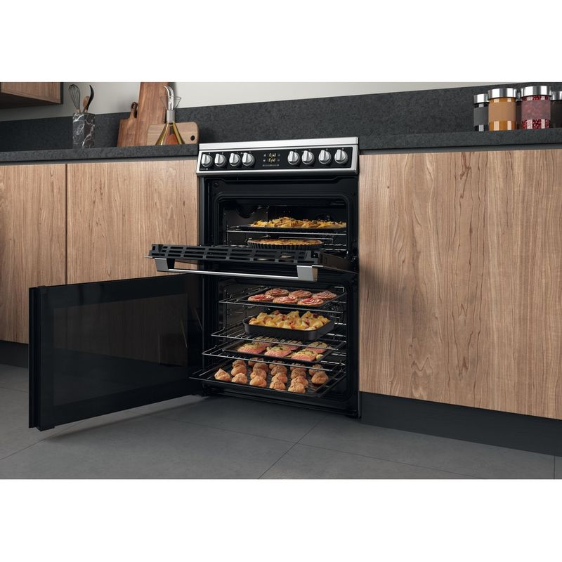 Hotpoint-Double-Cooker-HDM67V8D2CX-UK-Inox-A-Lifestyle-perspective-open