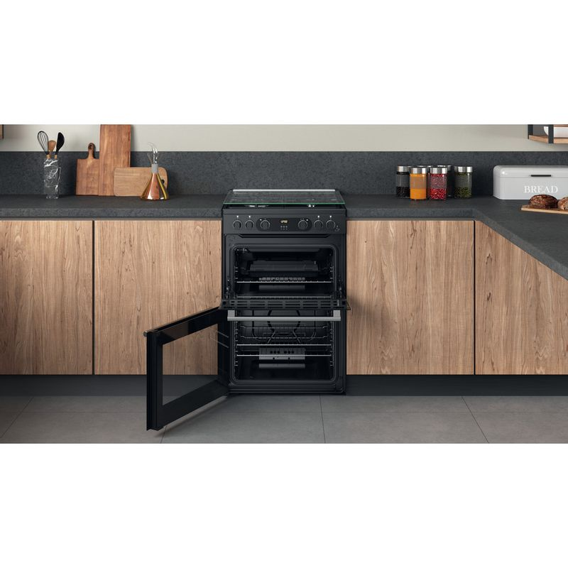 Hotpoint-Double-Cooker-CD67G0C2CA-UK-Antracite-A--Lifestyle-frontal-open