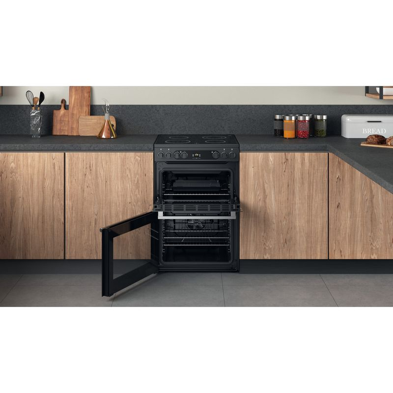 Hotpoint-Double-Cooker-CD67V9H2CA-UK-Antracite-A-Lifestyle-frontal-open