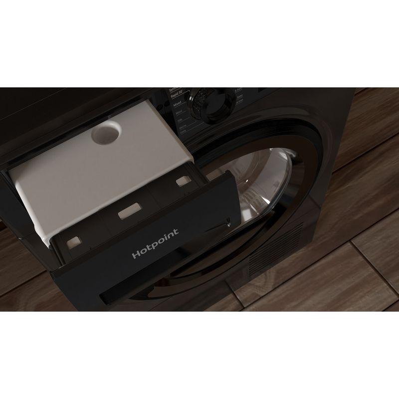 Hotpoint-Dryer-H3-D81B-UK-Black-Drawer