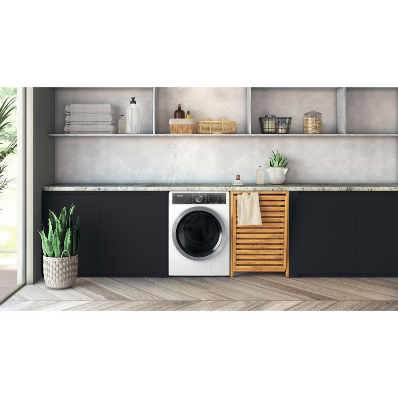 Hotpoint-Washing-machine-Free-standing-H6-W845WB-UK-White-Front-loader-B-Lifestyle-frontal