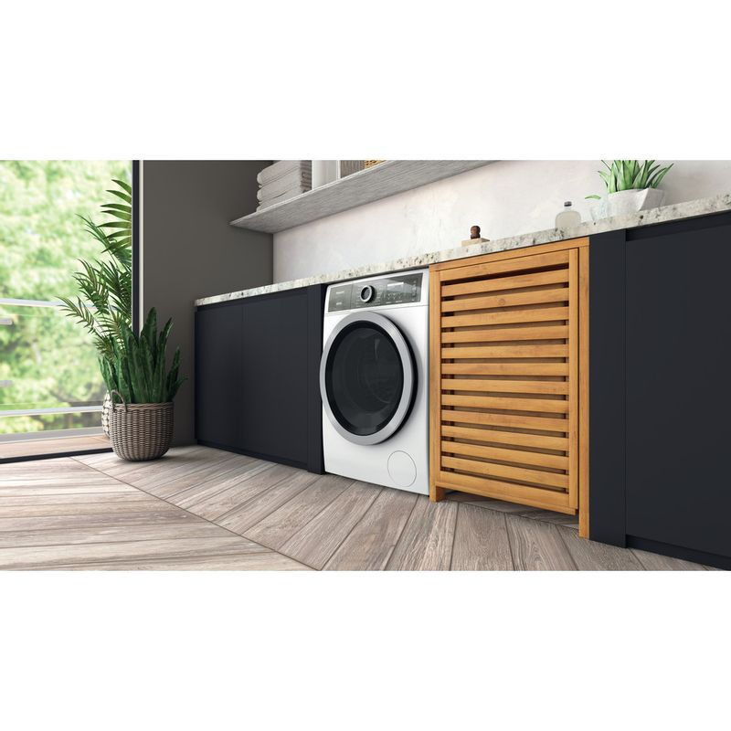 Hotpoint-Washing-machine-Free-standing-H8-W946WB-UK-White-Front-loader-A-Lifestyle-perspective
