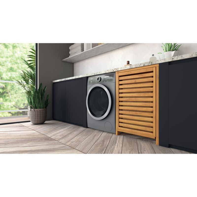 Hotpoint-Washing-machine-Free-standing-H8-W946SB-UK-Silver-Front-loader-A-Lifestyle-perspective