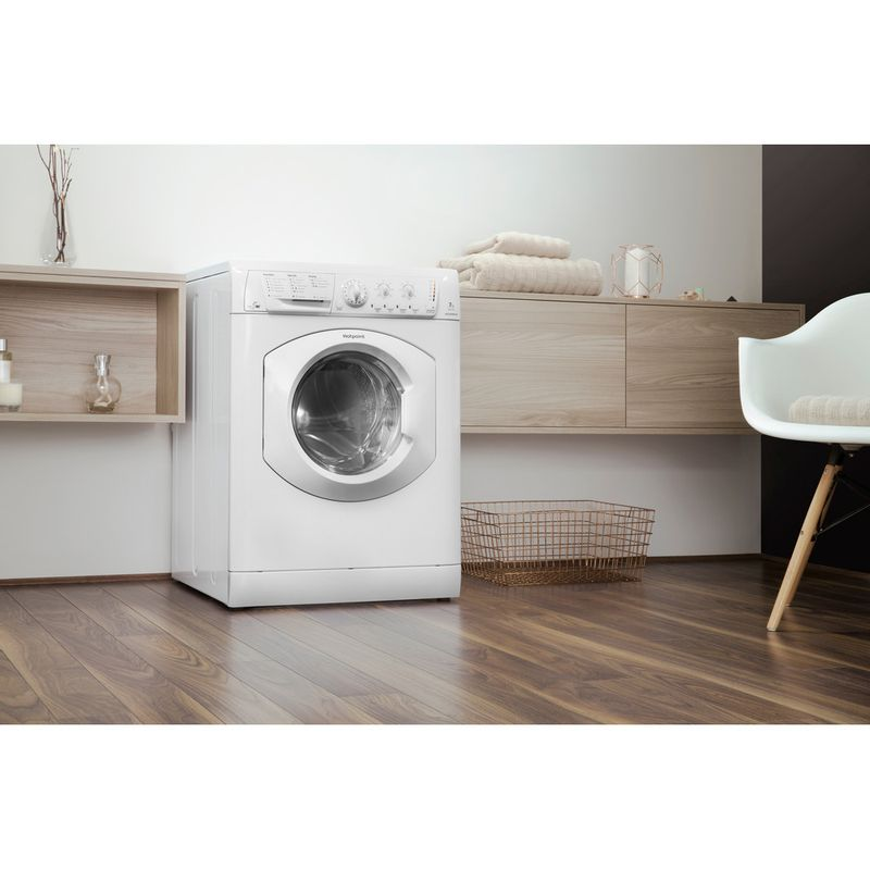Hotpoint-Washer-dryer-Free-standing-WDL-540-P--UK-.C-White-Front-loader-Lifestyle-perspective