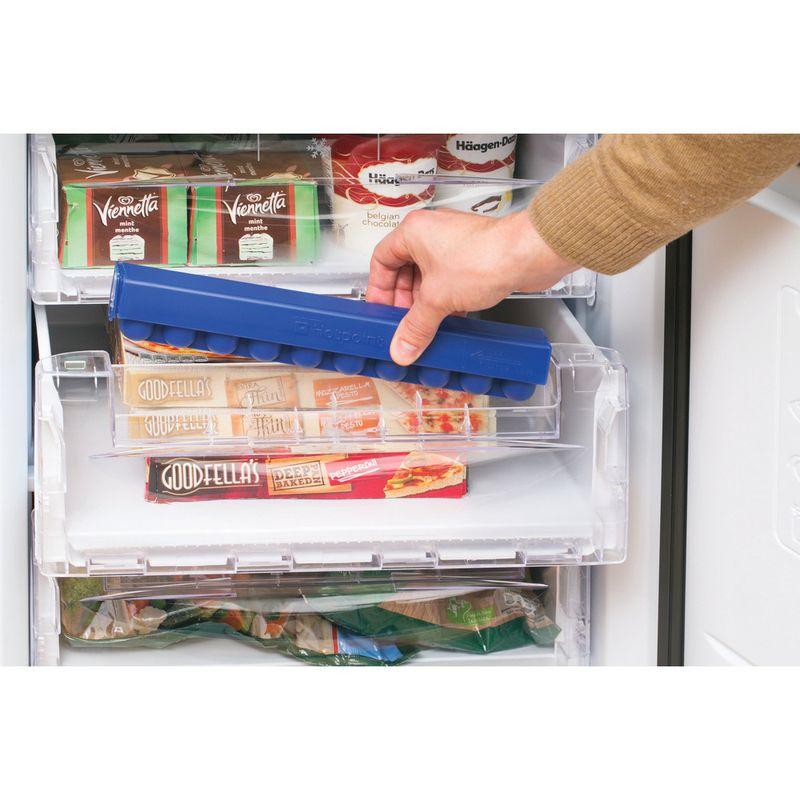 Hotpoint-Fridge-Freezer-Free-standing-RFAA52K-Black-2-doors-Lifestyle_People