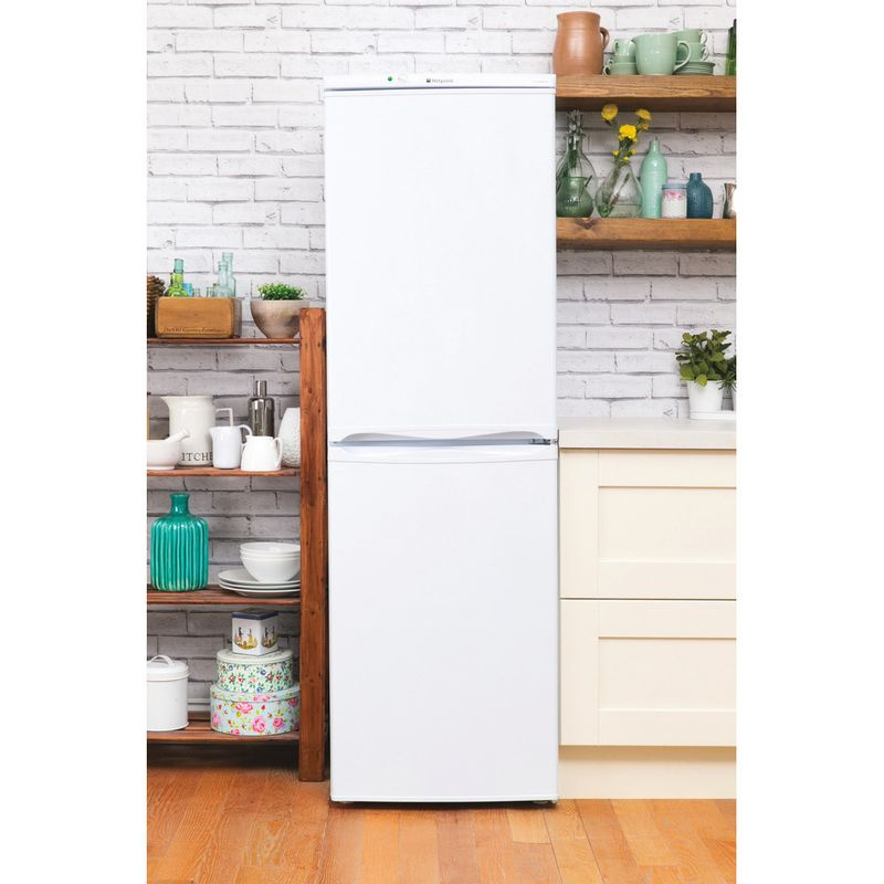 Hotpoint-Fridge-Freezer-Free-standing-FFAA52P.1-White-2-doors-Lifestyle_Frontal