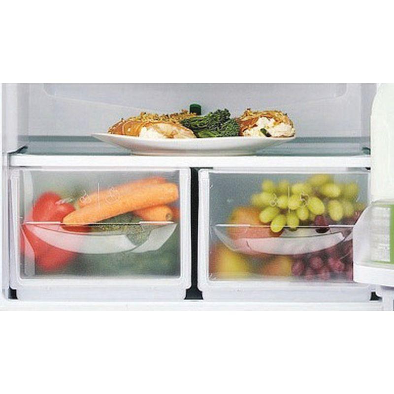 Hotpoint-Fridge-Freezer-Free-standing-FFAA52S.1-Silver-2-doors-Drawer