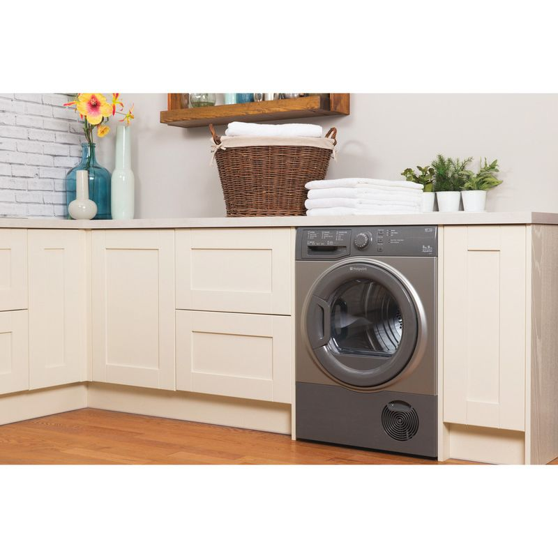 Hotpoint-Dryer-TCFS-83B-GG--UK--Graphite-Lifestyle_Perspective