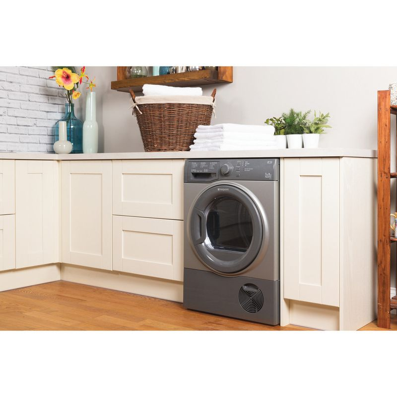 Hotpoint-Dryer-TCFS-73B-GG--UK--Graphite-Lifestyle-perspective