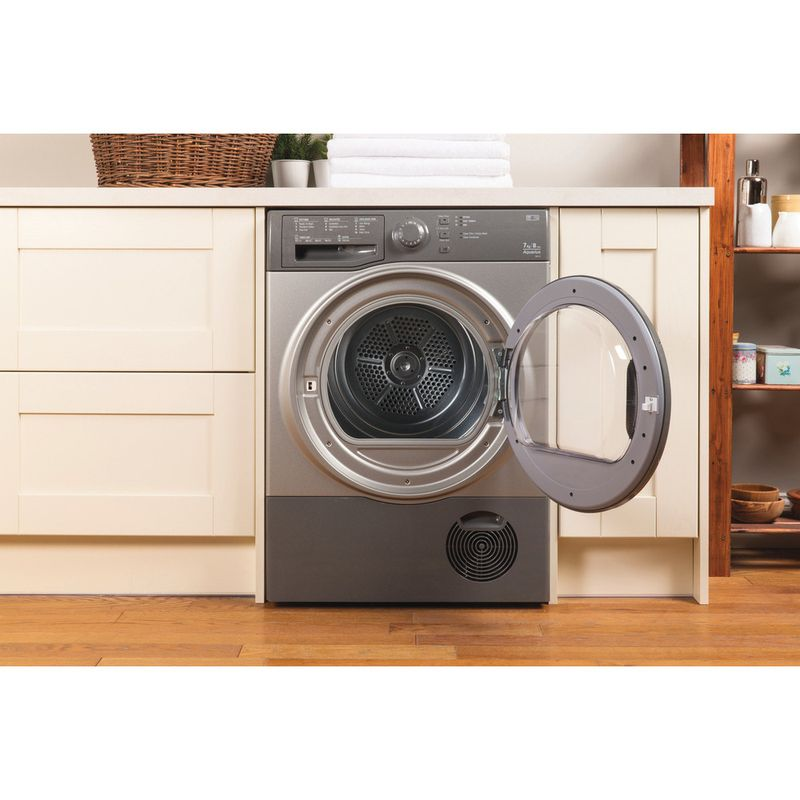 Hotpoint-Dryer-TCFS-73B-GG--UK--Graphite-Lifestyle-frontal-open