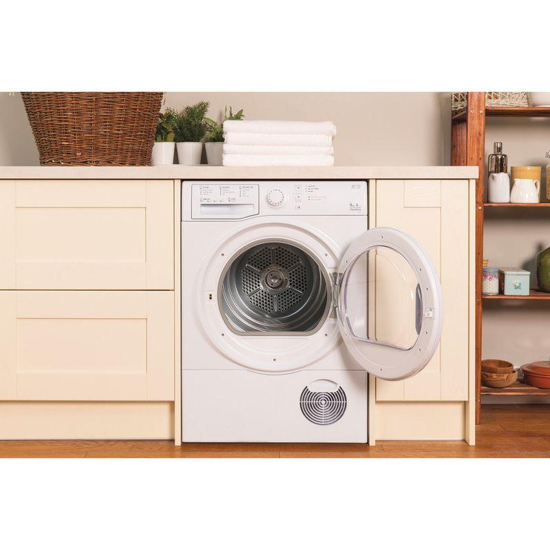 Hotpoint-Dryer-TCFS-93B-GP--UK--White-Lifestyle-frontal-open
