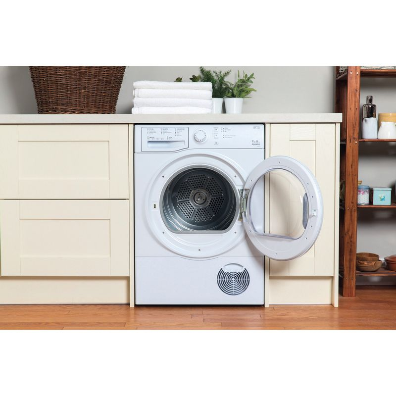 Hotpoint-Dryer-TCFS-73B-GP--UK--White-Lifestyle-frontal-open