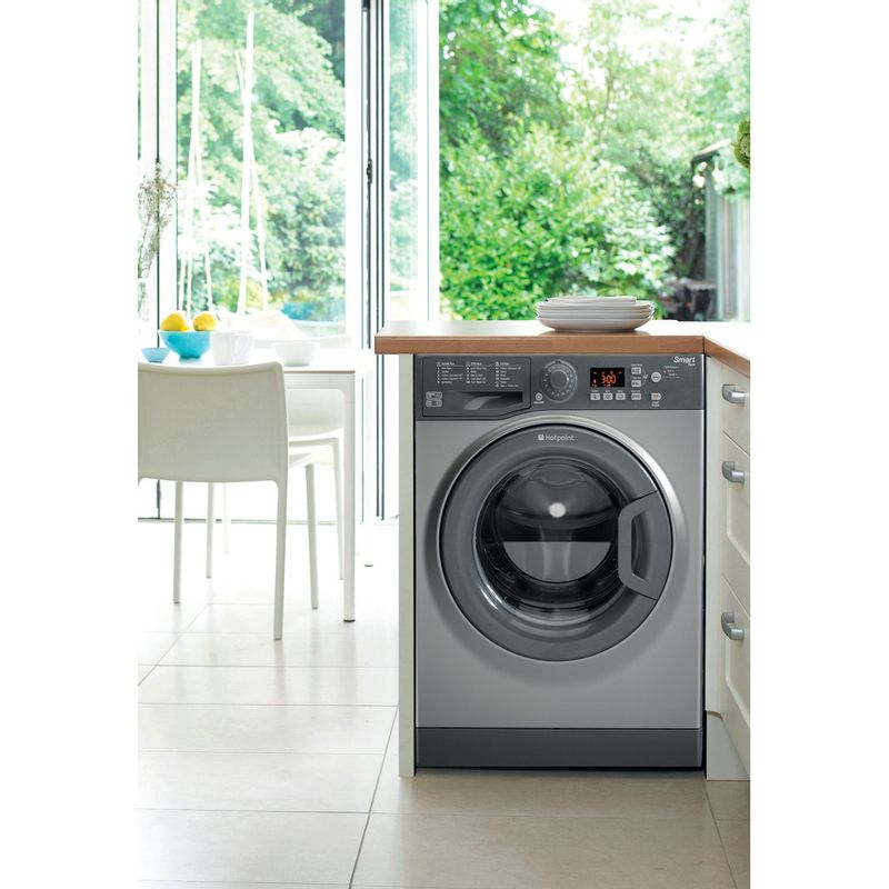 Hotpoint-Washing-machine-Free-standing-WMFUG-742G-UK-Graphite-Front-loader-A---Lifestyle_Frontal