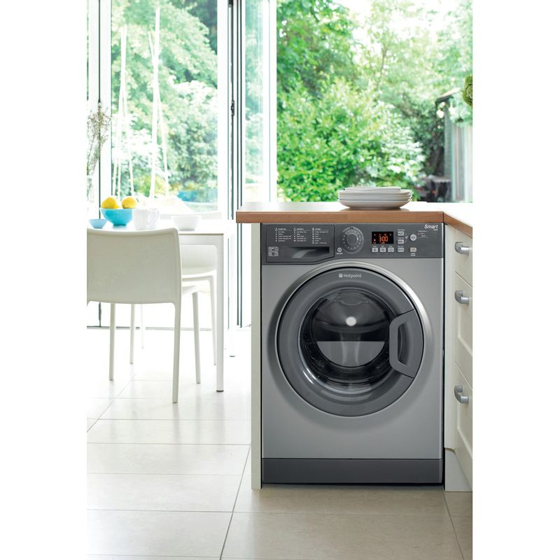 Hotpoint-Washing-machine-Free-standing-WMFUG-942G-UK-Graphite-Front-loader-A---Lifestyle_Frontal
