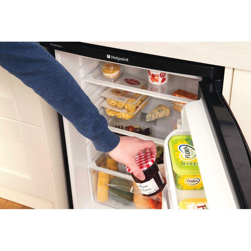 Hotpoint-Refrigerator-Free-standing-RLAAV22K.1-Black-Lifestyle_People