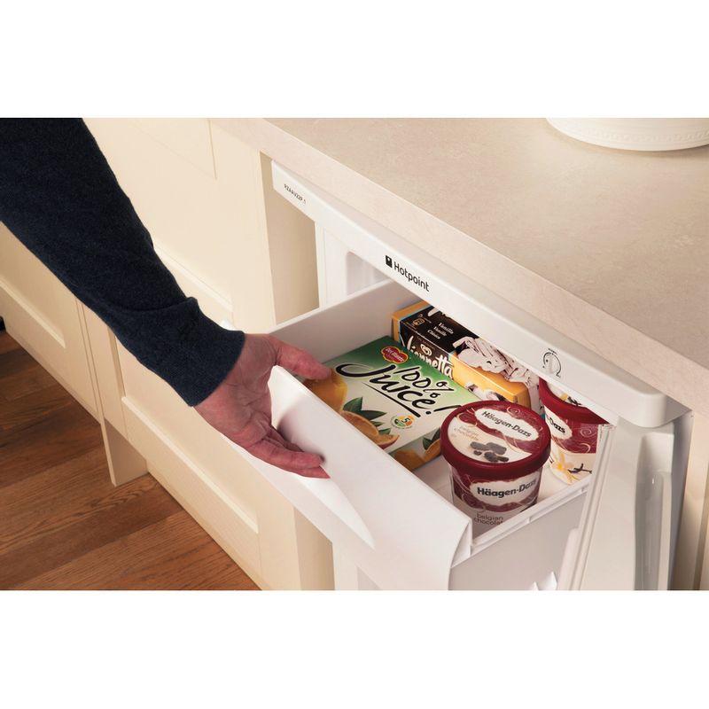Hotpoint-Freezer-Free-standing-RZAAV22P.1-White-Lifestyle-people