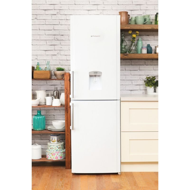 Hotpoint-Fridge-Freezer-Free-standing-FFLAA58WDW-White-2-doors-Lifestyle_Frontal