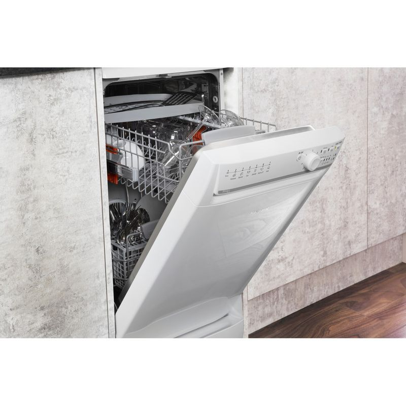 Hotpoint-Dishwasher-Free-standing-SISML-21011-P-Free-standing-A-Lifestyle-perspective-open
