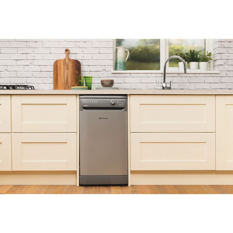 Hotpoint-Dishwasher-Free-standing-SIAL-11010-G-Free-standing-A-Lifestyle_Frontal