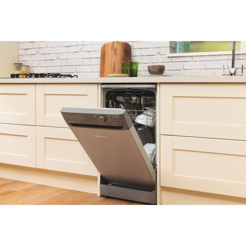 Hotpoint-Dishwasher-Free-standing-SIAL-11010-G-Free-standing-A-Lifestyle_Perspective_Open