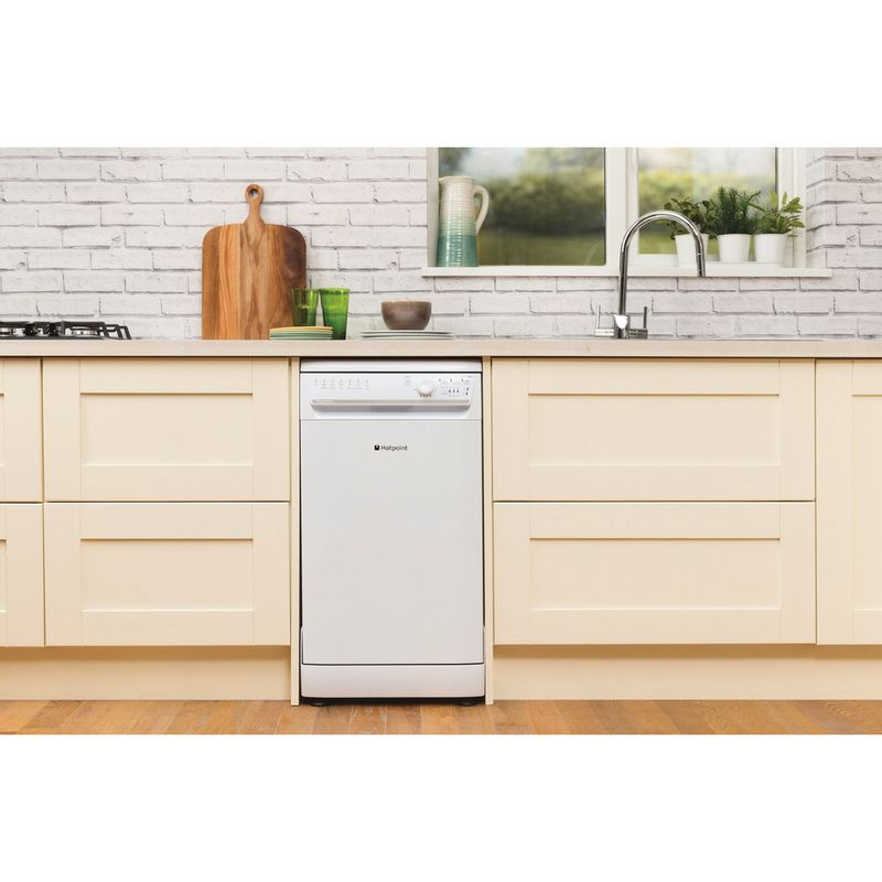 Hotpoint-Dishwasher-Free-standing-SIAL-11010-P-Free-standing-A-Lifestyle_Frontal