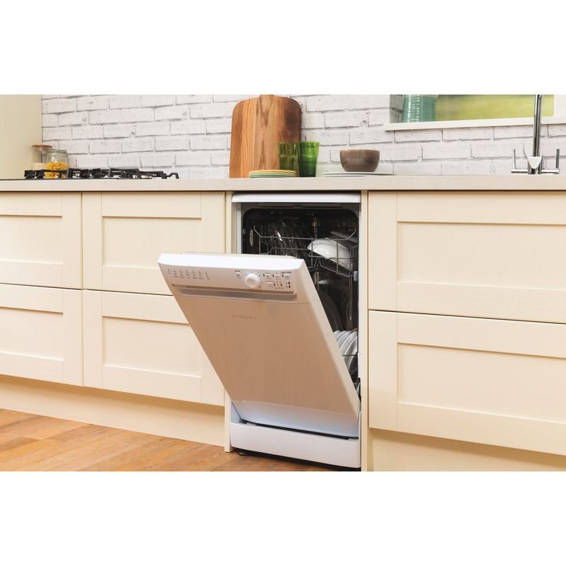 Hotpoint-Dishwasher-Free-standing-SIAL-11010-P-Free-standing-A-Lifestyle_Perspective_Open